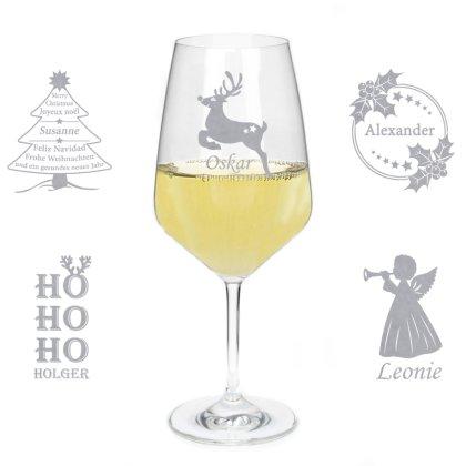 Weißweinglas mit Gravur und Namen zu Weihnachten